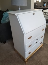 French provincial style secretary desk Airdrie, T4B 3S9