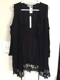 black collared sleeveless cardigan with floral trim