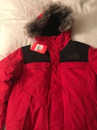 Brand new north face parka size large