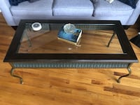 Coffee table set (3) and lamps (2) Kansas City, 64108
