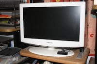 "Samsung 24"" LN-T2354H LCD flat panel TV"