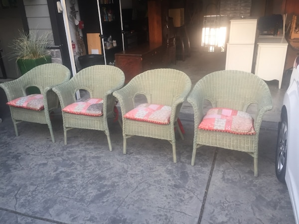 High quality wicker chairs and beautiful pier 1 cushions
