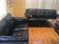 black leather tufted sectional couch Great Neck, 11023