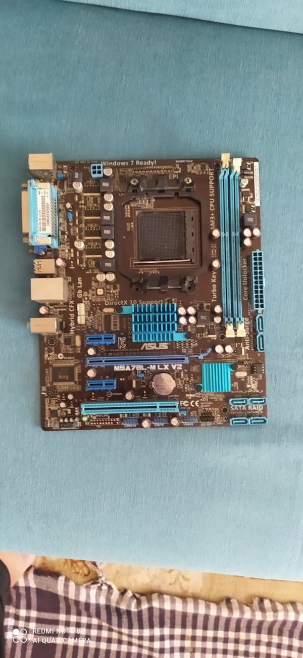2 adet DDR3Asus anakart 1
