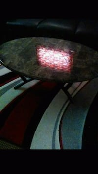 black and red wooden table Detroit, 48219