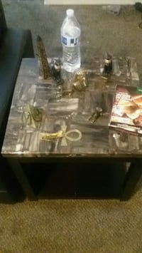 Coffee and 2 end tables Albuquerque, 87105