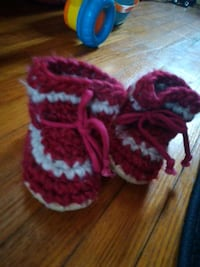 red and white knitted textile New Tecumseth, L9R 1H2