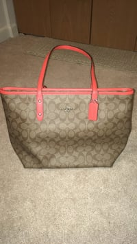 Coach bag new with tags coral brown Parkville, 21234