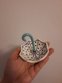 white and blue dotted umbrella ceramic miniature Montréal, H2J 3T6