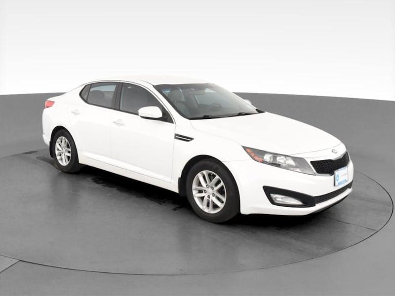 2013 Kia Optima sedan LX Sedan 4D White  cf481d21-578f-4478-9413-a14f2894619f