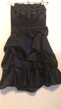 women's black spaghetti strap dress Montreal, H4V 2M5