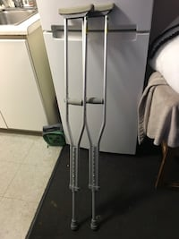 Endurance Crutches by Essential Medical Supply