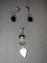 Beautiful Sterling Silver pendant and Earring Set