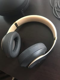 Beats Studio 3 Wireless Noise Canceling Headphones *STEAL*