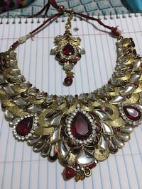 Gold-colored and black beaded necklace Woodbridge, 22191