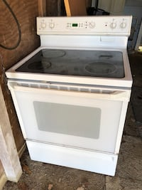 GE glass top stove