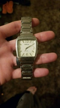 square silver analog watch with link bracelet Grand Junction, 81507