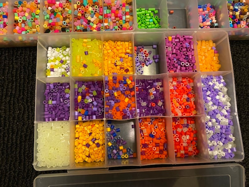 Perler beads with molds 17582c40-9e7b-4613-a2c0-6a7327b44211