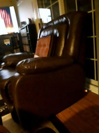 brown leather padded sofa chair 551 km