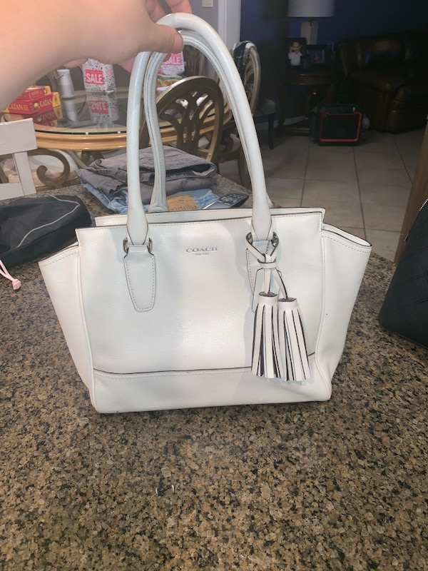 f55003953899 Used White leather Coach bag for sale in Lubbock - letgo