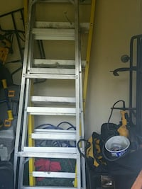 Get ladders Louisville like new Eastover, 29044