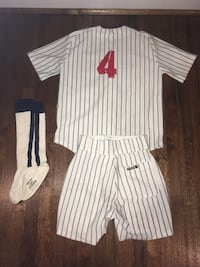 Women's baseball uniform costume- size medium Arlington, 22202