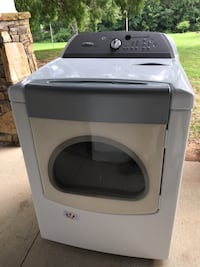 """Whirlpool-Cabrio Dryer 7""""cu ft **LIKE NEW CONDITION** Lawrenceville, 30043"""