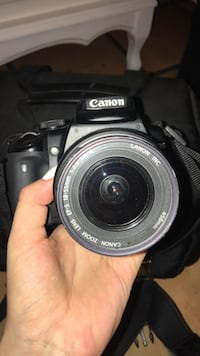 Canon EOS Rebel XTi with charger, neck strap and memory card Miami, 33176