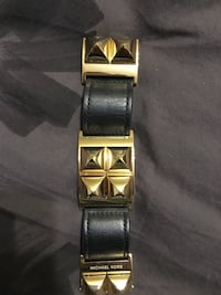 Michael Kors Black and Gold Cuff 3128 km