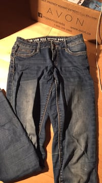 Ladies jeans size 3  Maple Ridge, V2X