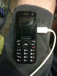 Allcatel one touch cell phone works great  Peoria, 85381
