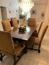 Gorgeous 6 Person Dinning Room Set !!! Las Vegas, 89129