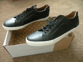 Brand new trendy sneakers size 10 in box