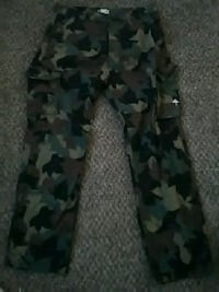 black and gray camouflage pants Albuquerque, 87111