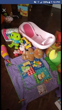 Baby tub, play mat & toys Waterloo, N2L 1W4