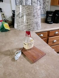 Handmade Maker's Mark bottle lamp Dublin, 24084