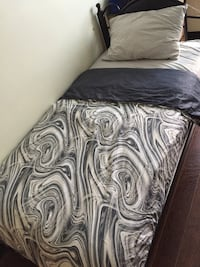 Complete Twin Set Bedding St Catharines, L2P 1A4