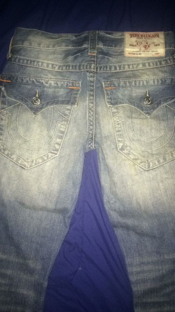 Size 28 slim fit true religion jeans