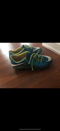 Nike outdoor soccer cleats size 7.5 Edmonton, T5L 4Y6