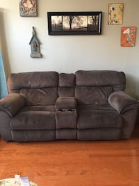 Fully operational electronic reclining couch Chantilly, 20152