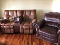 two brown leather recliner chairs Nokesville, 20181