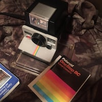 Polaroid one step camera with itt magic flash and case Coplay, 18037