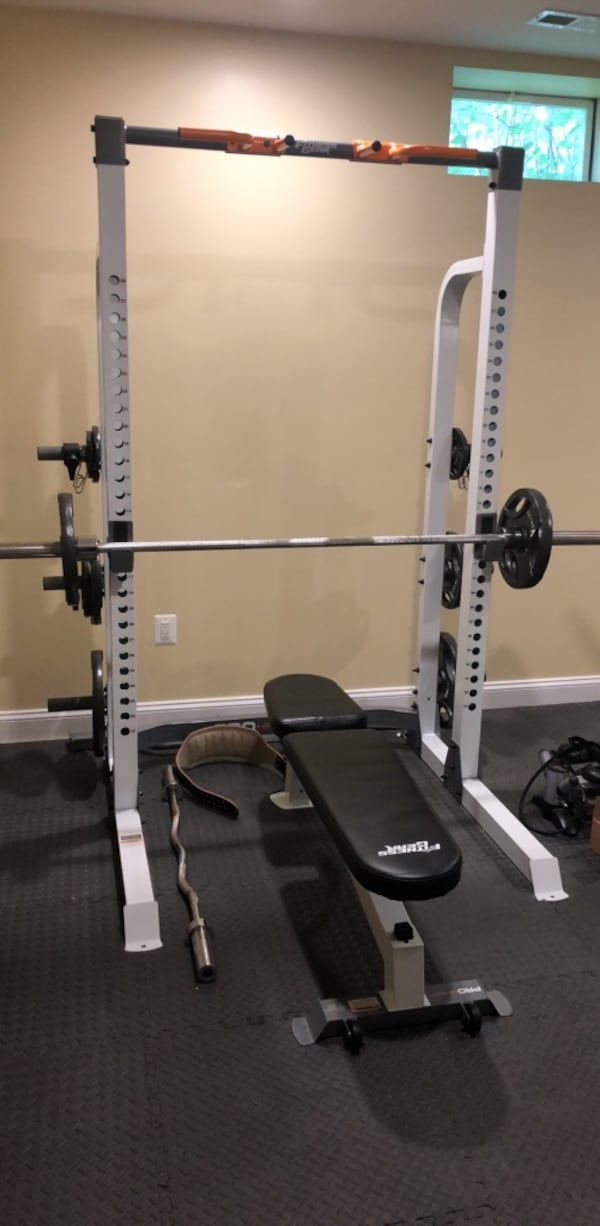 im home gym/bench press 8de35af7-05b5-4a72-baf0-51f575cfd9c7
