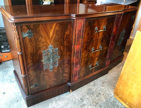Used 4 Piece Flame Mahogany Asian Bedroom Set for sale in Seaford ...
