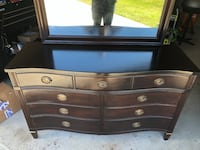 Beautiful 6 drawer antique dresser with vanity mirror. Reduced price! Cypress, 77433