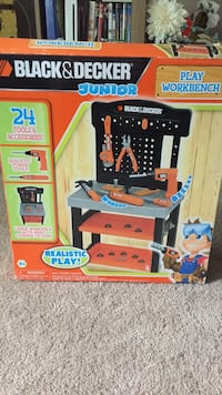 Toys like new doesnt have the tools but bolts and nuts are there. clean smike free home  Tarpon Springs, 34689