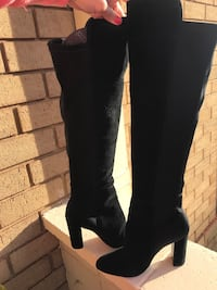 Over the knee suede boots. Size 5. Clovelly, 2031