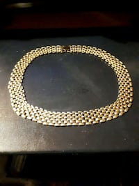 Gold tone necklace Edmonton, T5S 2B4