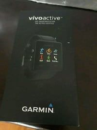 garmin vivoactive gps smart watch  London, N6E 3L9