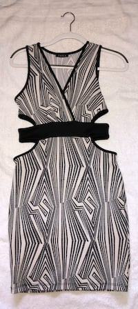 BLACK AND WHITE DRESS Mississauga, L5A 3T8